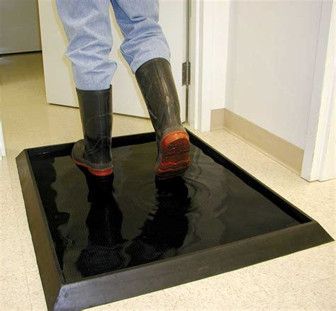 Disinfectant Mat For Cleaning Shoes - sanitizing door mat wearwell 222 12x24x32bk sanitizing