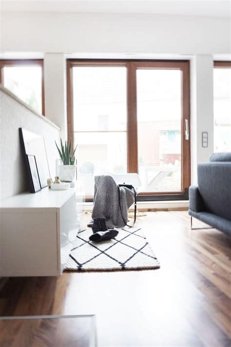coole teppiche für jungs sch 246 ne wohnzimmerm 246 bel aus holz