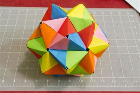 Paper Folding Geometric Shapes - modular origami how to make a cube octahedron