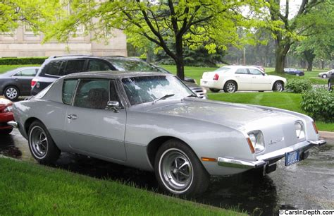 Avanti The Car Too Striking To Die With Studebaker The