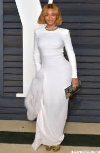 At Vanity Fair Oscars Z And Beyonce The Show Beyonc 233 Rocks A Bob And White Gown For Vanity Fair Oscar