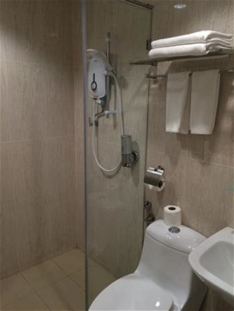 Shower Not Getting Water by Modern Standing Shower With Water Not Big But