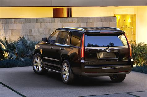 cadillac badge cadillac s large crossover could wear escalade badges