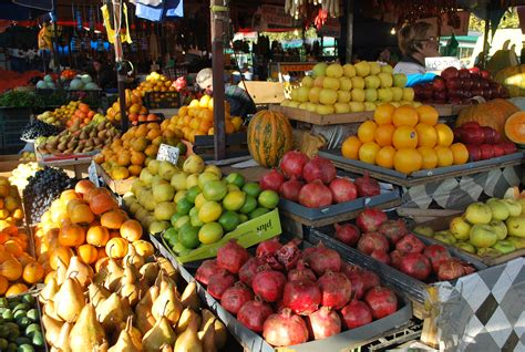 about food the dezerter bazaar in tbilisi about