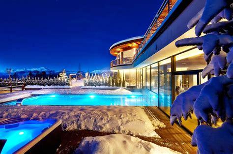 hotel piscina interna hotel con piscina esterna riscaldata in montagna i top 10