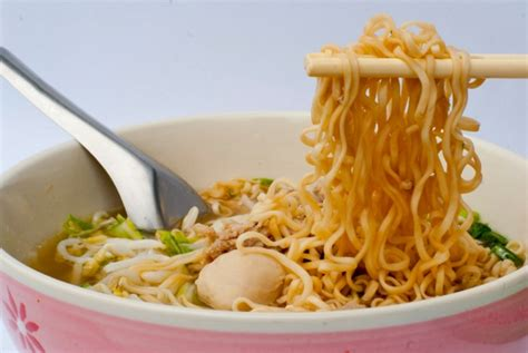 come cucinare spaghetti di riso cinesi lezione base di cinese corso di cinese