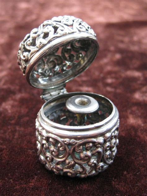 Bros Pin Bo02 Silver S unger brothers sterling silver reticulated thimble holder antique sewing embroidery