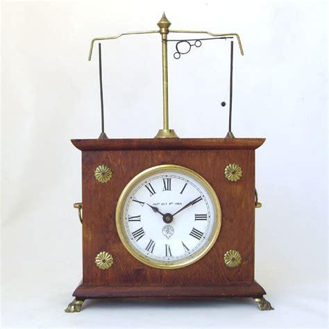 horolovar flying pendulum clock amazing horolovar co flying pendulum mahogany gravity desk