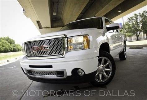 buy car manuals 2009 gmc sierra 1500 navigation system find used 2009 gmc sierra denali all wheel drive navigation remote start hm link satradio in