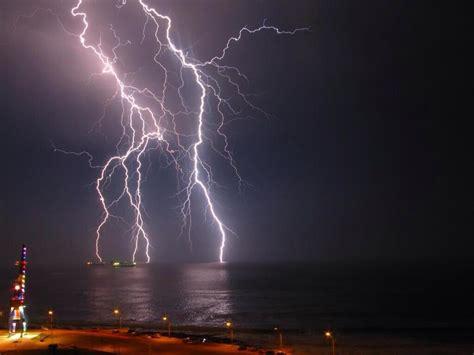 imagenes en movimiento de tormentas las lluvias y tormentas el 233 ctricas amenazan con volver en