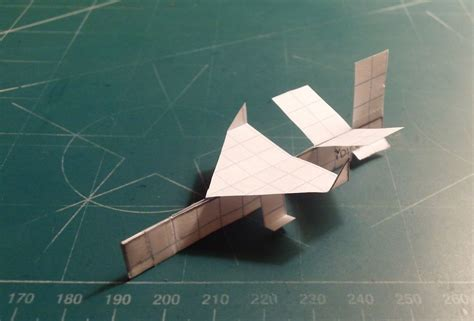 Paper Airplanes That Fly Far - paper jets that fly far images