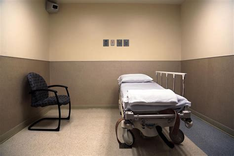 Mental Hospital Room by Standards Unclear As Colorado S Mental Health Holds Rise