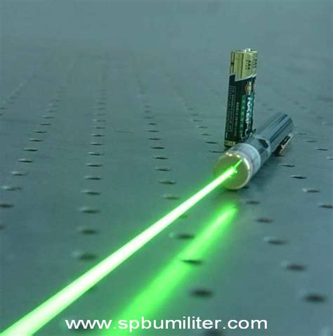 Laser Pointer 5 Mata green laser pointer 5 mata spbu militer