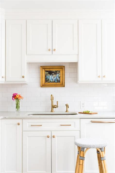 White Kitchen Cabinets Hardware White Kitchen Cabinets With Silver Hardware Quicua