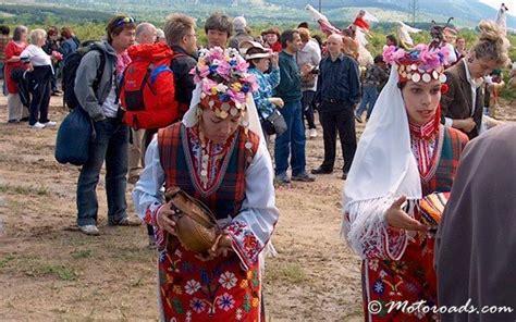Motorradverleih Roses by Kazanlak Bulgarien