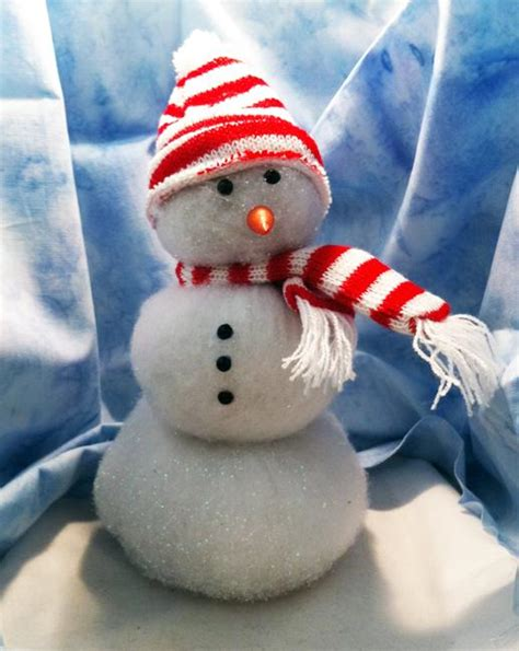 christmas decorating ideas  pompoms simple