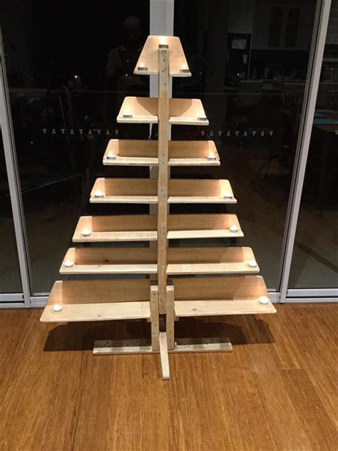 diy pallet tree with tea lights pallet furniture
