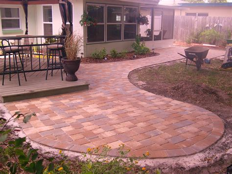 Paver Backyard by 6 Backyard Pavers Sapphire Developments Inc