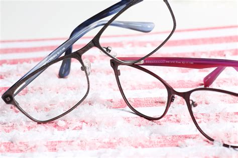 america s best contacts eyeglasses taable note