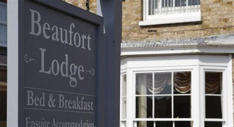 beaufort bed and breakfast bed and breakfast beaufort lodge taunton uk taunton