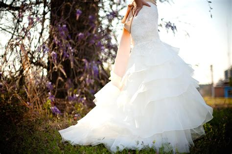 picture bride dress nature flower veil pretty girl marriage fashion