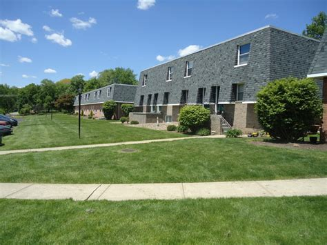 Apartments For Rent Zelienople Pa Hemlock Square Rentals Zelienople Pa Apartments
