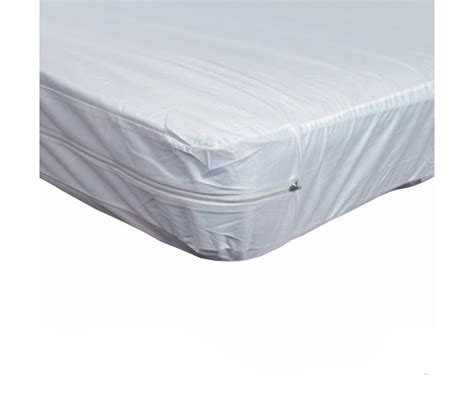 Plastic Covers For Mattresses by Zippered Plastic Mattress Protector For Home Beds