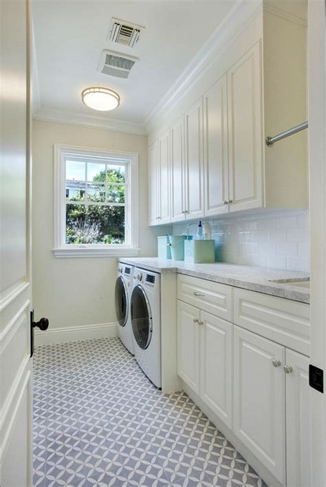images of laundry rooms best laundry rooms images on laundry room design