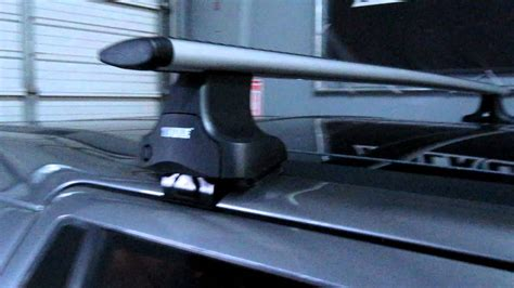 2008 lr2 roof rack land rover lr2 with thule rapid traverse aeroblade roof