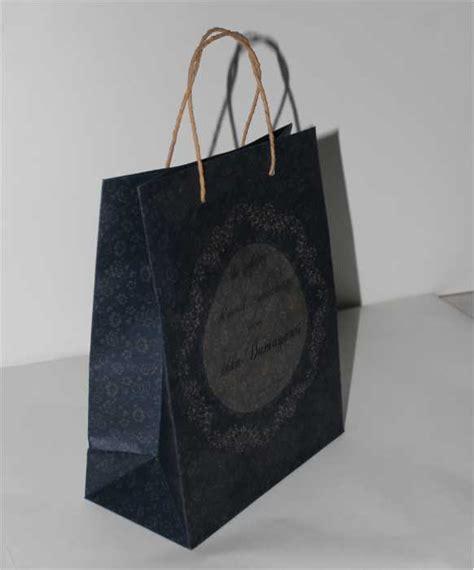 Tas Paper Bag Souvenir Kertas Paperbag Wedding Pernikahan Cowok Cewek harga paper bag kemasan souvenir nikah ahli tas kertas paper bag