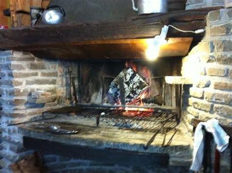 il camino ristorante il camino picture of ristorante pizzeria igloo cerreto
