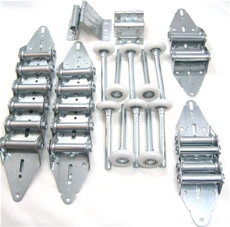 Garage Door Hinges And Rollers by Impressive 18x7 Garage Door 5 Garage Door Hinges And