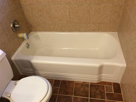 bathtub refinishing austin tx texas resurfacing countertop tub kitchen bath east austin austin tx reviews