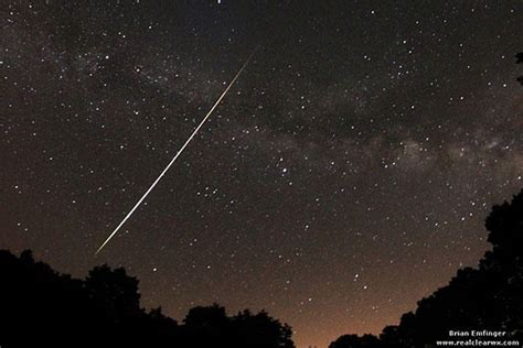 lyrid meteor shower lyrid meteor shower lights up sky around world video