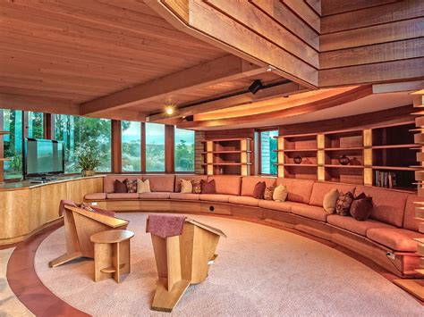 frank lloyd wright home interiors 11 frank lloyd wright homes you can rent right now curbed