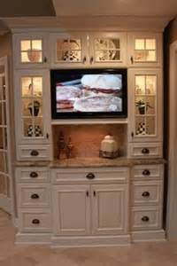 Tv For Kitchen Cabinet by 1000 Ideas About Tv In Kitchen On Pinterest Hidden Tv