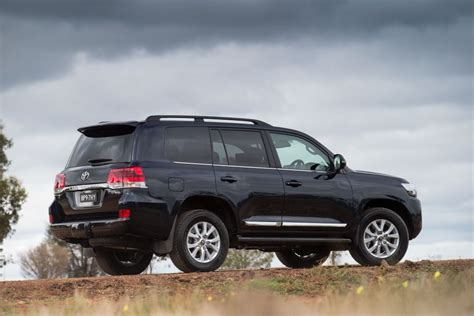 Toyota Land Cruiser Future Models Toyota 2015 Landcruiser New Look For Toyota Landcruiser