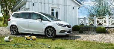 Opel Romania Opel Zafira Autovehicul Cu 7 Locuri Opel Rom 226 Nia