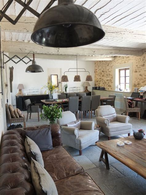 Industrial Rustic Living Room by 25 Best Ideas About Distressed Leather On