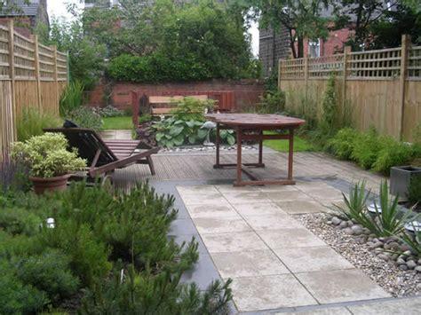 terraced house garden design garden layout designs small large courtyard gardens