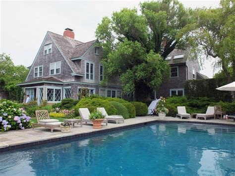 grey gardens house inside grey gardens cbs news