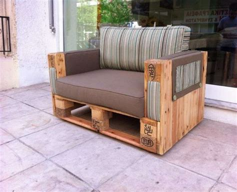 creare un divano realizzare un divano con i pallet foto 3 40 design mag
