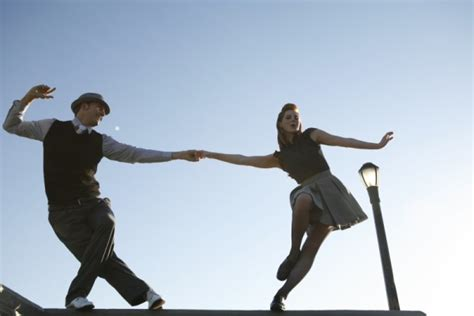 swing out lindy hop