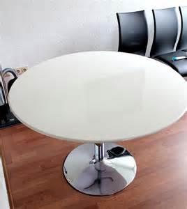 Esstisch Rund Losung Platzmangel Ein Runder Esstisch Ist Die Perfekte L 246 Sung Bei