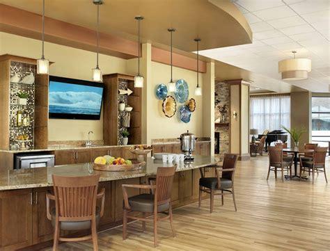 senior housing design cypress glen cafe glass artwork senior living interior design spellman brady