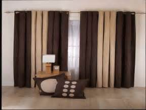 Window treatments ideas for living room with brown curtain