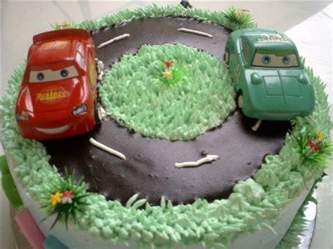 Pisau Kue Ultah cake station kue ultah mobil untuk sulthan