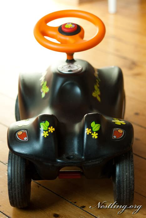 Bobby Car Aufkleber Entfernen by Bobby Car Nestling