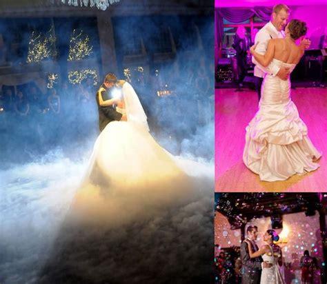 White and Gold Wedding. DANCE FLOOR   Fog machine first