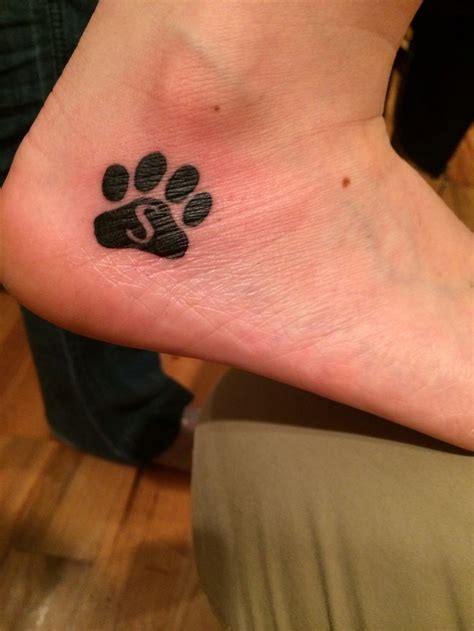 tattoo with printer ink 1000 ideas about paw print tattoos on pinterest dog
